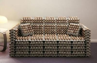 sofa_huevos.jpg